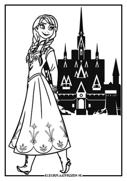 Anna voor het kasteel