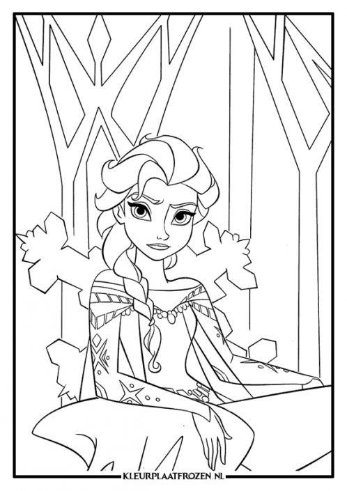 Elsa kleurplaat zit op de troon